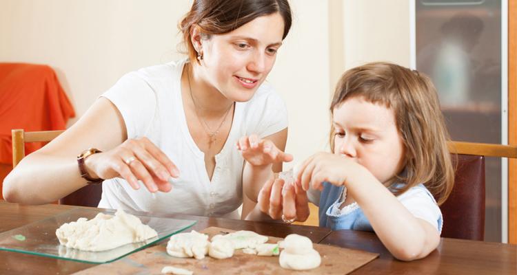 Confinement : Comment divertir vos enfants à la maison sans écrans