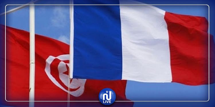 Coopération France-Tunisie : remise de matériels de protection pour contribuer à la gestion de la crise sanitaire