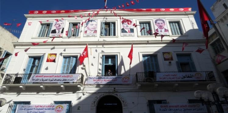 زيادة أجور القطاع الخاص: تجمع عمالي في ساحة محمد علي