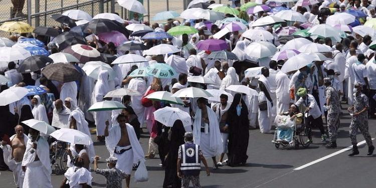السعودية: إبتكار مظلة مكيفة للحجاج
