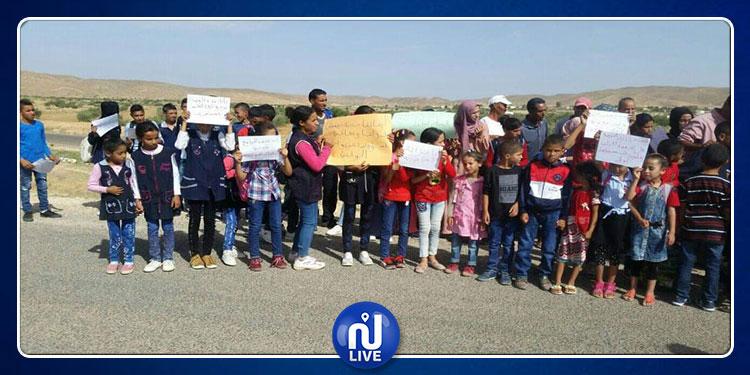 القصرين: اكثر من 2500 ساكنا يمنعون أبنائهم من الإلتحاق بمدارسهم