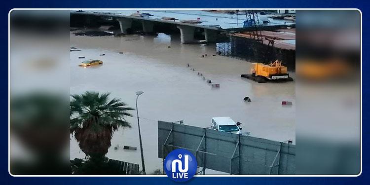 حي الخضراء: توقف كلي لحركة جولان المترو بسبب تراكم مياه الأمطار (صور)