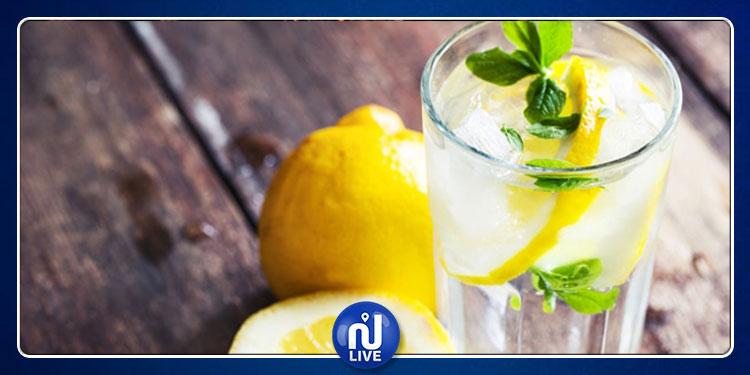 لهذه الأسباب.. إبدأ يومك بمشروب الماء والليمون !