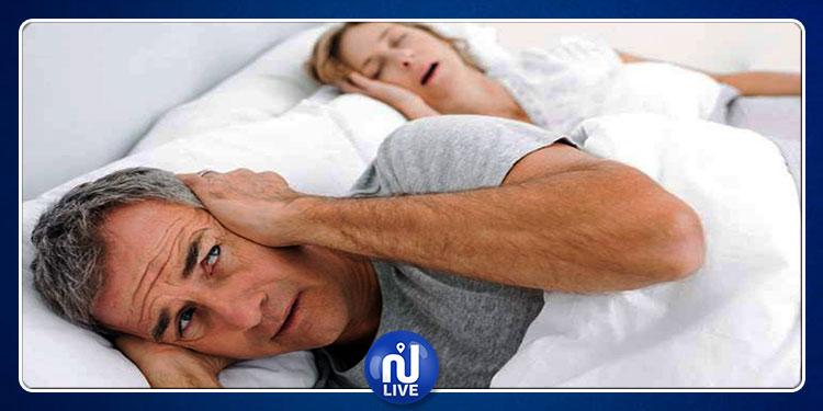 دراسة: الشخير عند النساء من أعراض مرض خطير