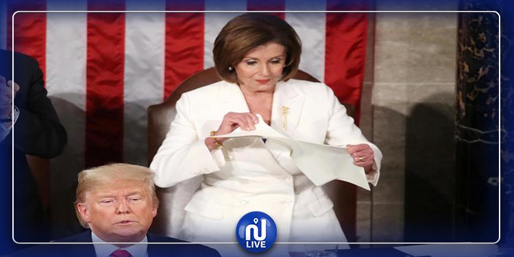 رفض مصافحتها..  بيلوسي تمزق خطاب ترامب على الهواء (فيديو)