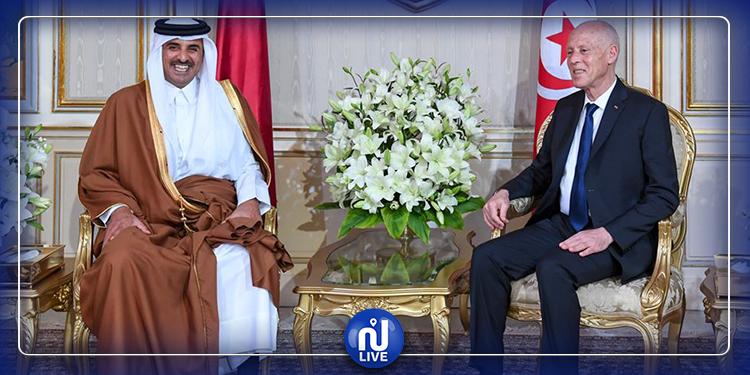 قيس سعيد يودّع أمير قطر بمطار تونس قرطاج الدولي (فيديو)