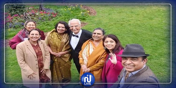 عمره 100 عام..  صحفي يتحدي كورونا ويحتفل بزفافه