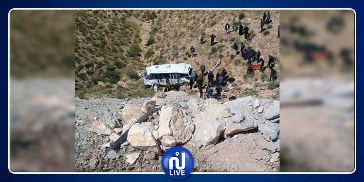 الداخلية تكشف سبب حادث انقلاب الحافلة السياحية بقابس