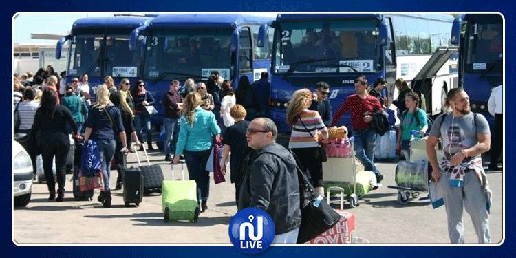 مطار النفيضة: وصول أول وفد من السياح الروس