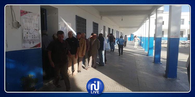 جندوبة: توزيع 72356 ناخبا على 232 مركز اقتراع (صور)
