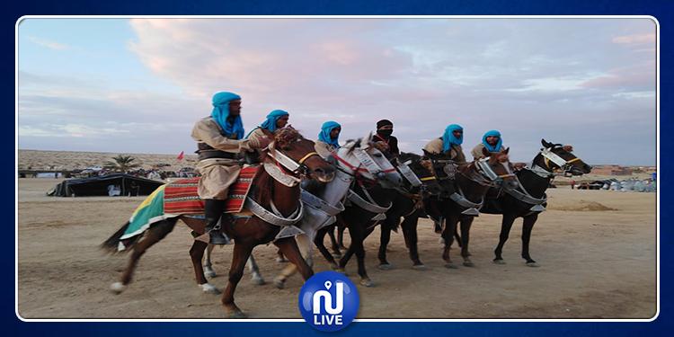 حزوة: ملحمة حديث الصحراء تفتتح الدورة 25 للمهرجان الدولي للخيام (صور)