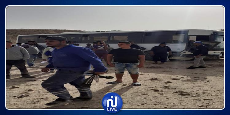 إصابة 14 عامل إثر  إنقلاب حافلة تابعة لشركة فسفاط قفصة (صور)