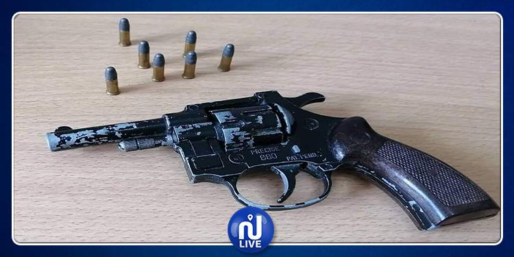 المهدية: حجز أسلحة نارية بدون رخصة (صور)