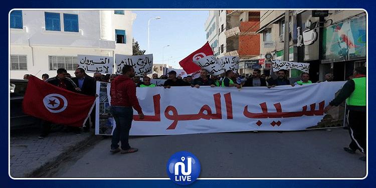 القيروان: مسيرة تطالب بتغير موعد الإنتخابات وتهديدات بمقاطعتها
