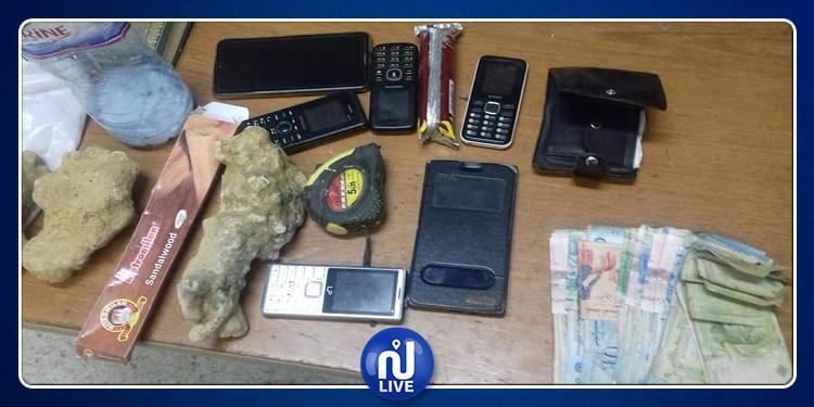 قربة: القبض على 3 أشخاص بصدد التنقيب عن الكنوز