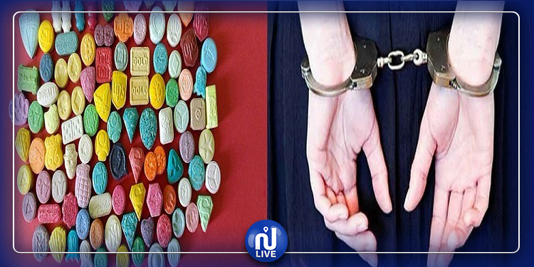 البحيرة:القبض على فنّي بشركة بصدد بيع أقراص مخدّرة