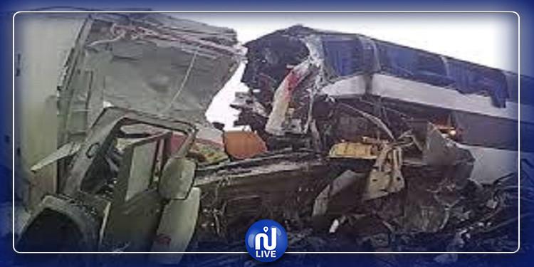 روسيا: 6 قتلى في حادث انحراف حافلة عن مسارها