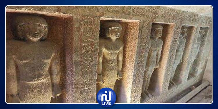 افتتاح مقبرتين فرعونيتين بمنطقة الهرم بمصر