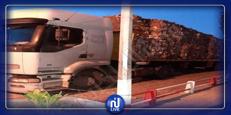 اتخاذ الاجراءات القانونية ضد حافلة وشاحنة...في سيدي بوزيد