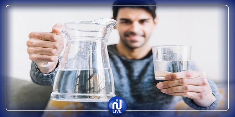 إذا كنت تعاني من الجفاف.. عليك تجنب هذه الأطعمة والمشروبات