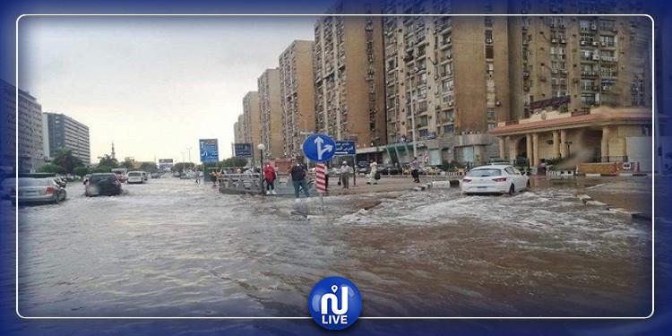 مصر: مصرع شخصين وإغلاق ميناءين بسبب الظروف الجوية