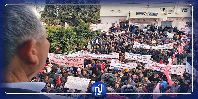 L'UGTT fait don d'une valeur de 100 mille dinars au profit de l'hôpital régional de Kasserine