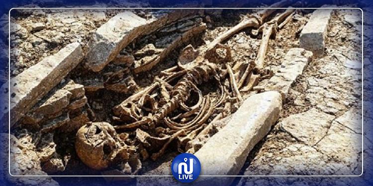 اكتشاف مقبرة تعود إلى العهد الروماني بإنجلترا