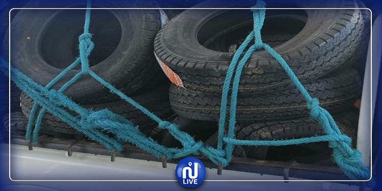 سيدي بوزيد: ضبط 4 شاحنات نقل محملة ببضاعة مهربة