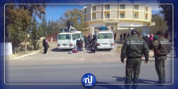 إجلاء كافة التونسيين العالقين بتبسة  بالتراب الجزائري