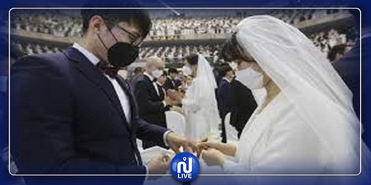 كاتب سعودي يقترح الزواج الافتراضي في زمن الـكورونا !