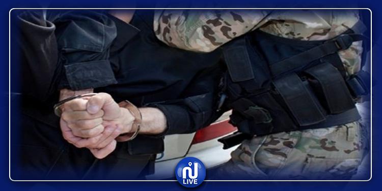القصرين: القبض على شخصين مفتش عنهما من أجل الانتماء إلى تنظيم إرهابي