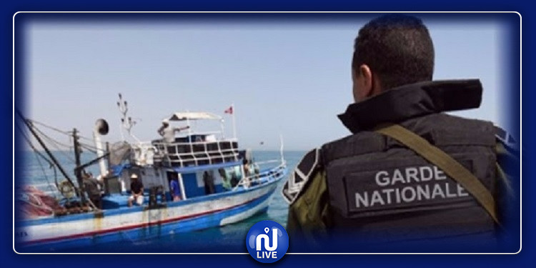 جيش البحر ينقذ 7 تونسيين من الغرق بجربة