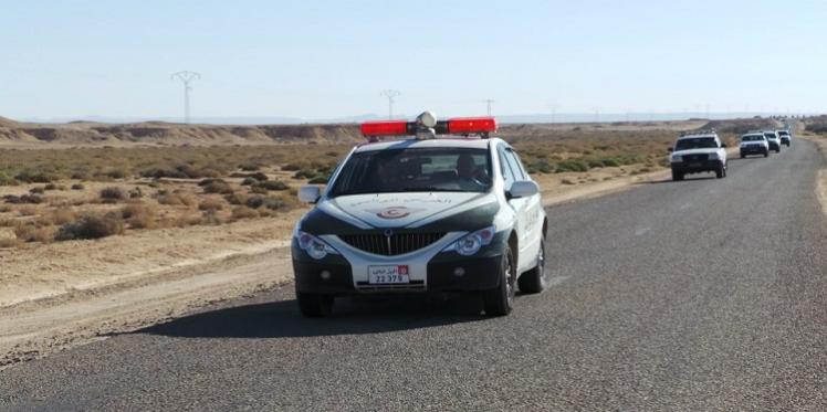 """جبنيانة: الحرس الوطني يسترجع سيارة بعد افتكاكها من أحد الأعوان في """"براكاج"""""""