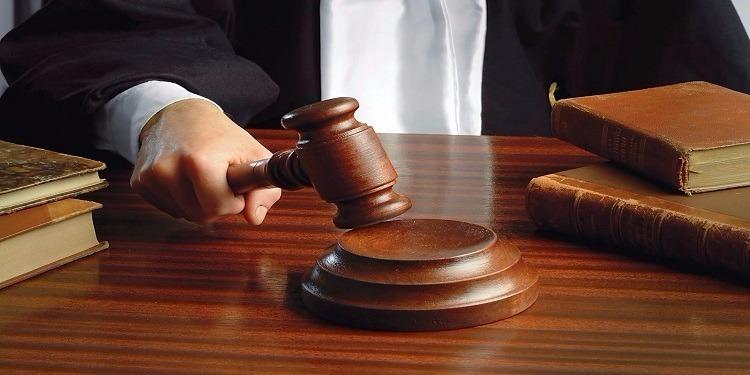 القصرين: المحكمة تصدر حكمها في قضية إتهام امرأة بقتل ابنائها الستة