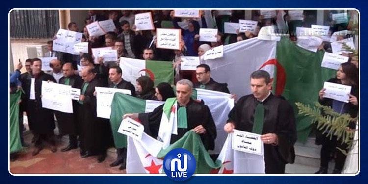 إضراب مفتوح بالمحاكم الجزائرية