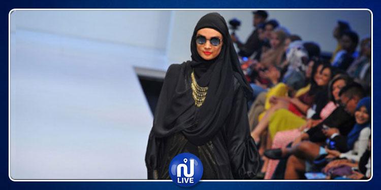 السعودية: انطلاق الترويج لأول عرض أزياء للنساء