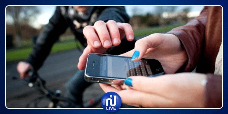 سوسة: شاب يسرق هاتف فتاة و يخفيه بين طيّات ثيابه