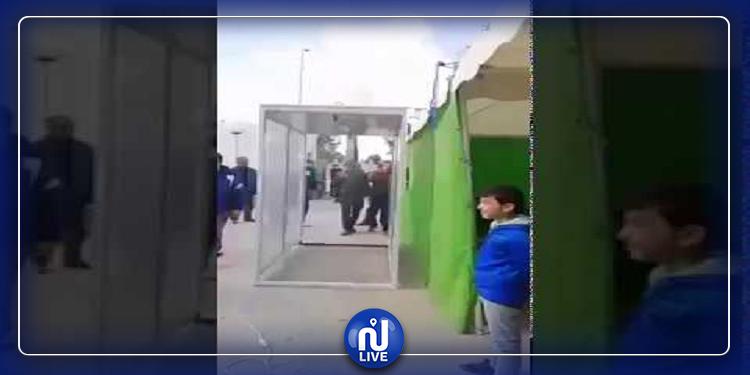 القيروان: شاب يخترع غرفة تعقيم كاملة ويتبرع بها للمستشفيات (فيديو)