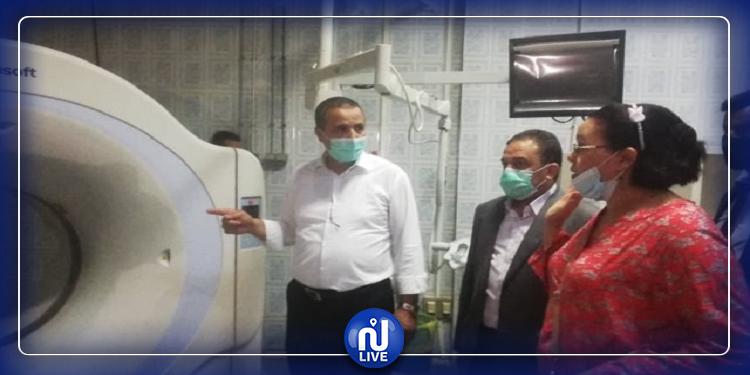 وزير الصحة في زيارة الى المستشفى الجهوي بجندوبة (صور)