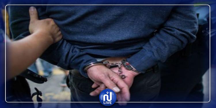 جربة: ايقاف شخصين بتهمة السطو على سيارة تابعة للبنك المركزي