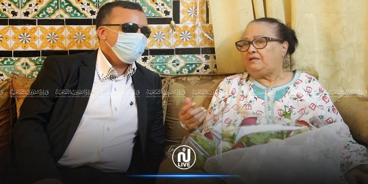 بعد تعرضها لوعكة صحية: وزير الثقافة يعود زهيرة سالم