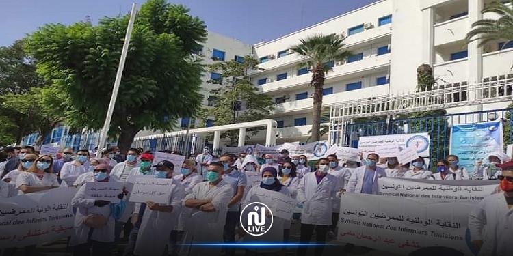 دخول الممرضين في اعتصام مفتوح ببهو وزارة الصحة