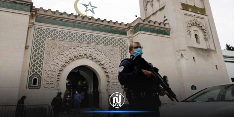 فرنسا تغلق 9 مساجد