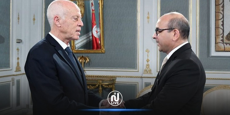 العلوي عن سعيّد: فيّقوه قولولو رانا في تونس !