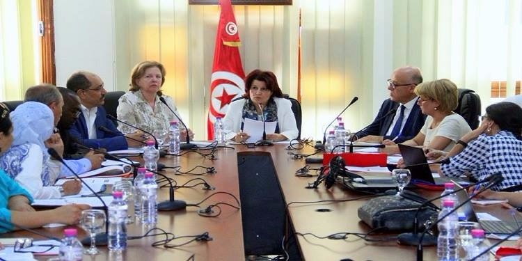 وزيرة الصحة تعلن عن إعداد مشروع قانون جديد لمكافحة التدخين