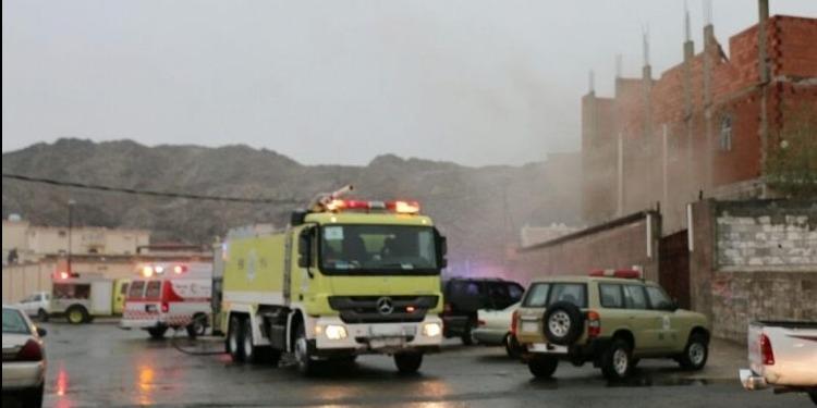 مصرع 5 أشخاص وإصابة 5 آخرين في حريق بمكة المكرمة (صور + فيديو)