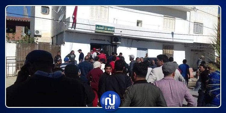 سوسة: غاز مسيل للدموع وإيقافات في صفوف محتجي مصنع الألبان (صور)