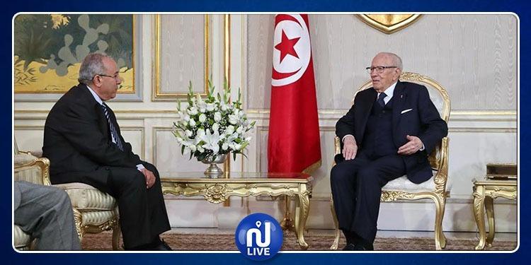 وزير الخارجية الجزائري يطلع قائد السبسي على تطورات الأوضاع في بلاده