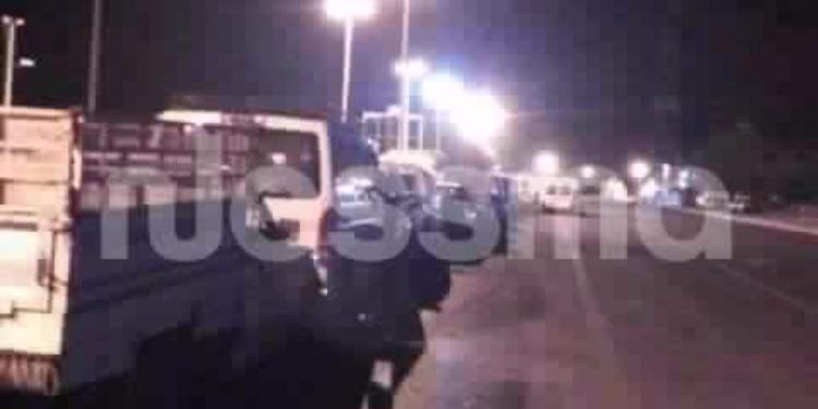 بسبب قرار الحكومة أكثر من 50 سيارة تونسية تمنع من تجاوز الحدود الليبية في اتجاه تونس