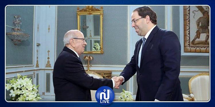 رئيس الجمهورية ورئيس الحكومة يلتقيان (فيديو)